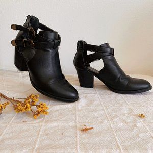 Bamboo Buckle Moto Boots